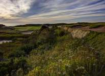 Cabot Cliffs 5th Hole Photo by Larry Lambrecht