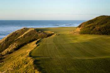 Par three 16th. Photo courtesy of Bandon Dunes Resort