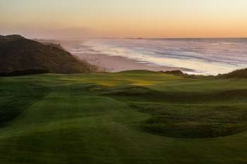 Par three 7th. Photo courtesy of Bandon Dunes Resort